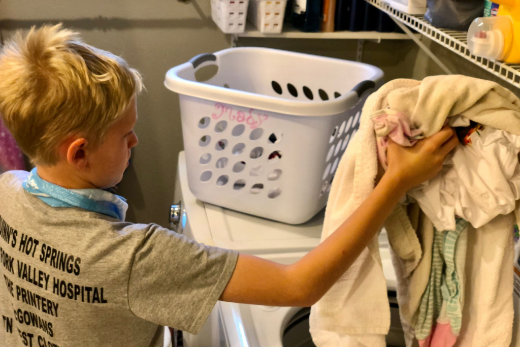 As Homemakers there is a lot we have to manage and care for. Our clothing and the never-ending laundry piles that go along with it are no exception. It is easy to become overwhelmed by non-stop loads of laundry and kid's clothing EVERYWHERE. The good news is - It is possible to conquer kid's clothes and keep laundry organized, manageable all while making sure they still have clean clothes to wear. Here are some tips for How to Manage Kid's Clothes.